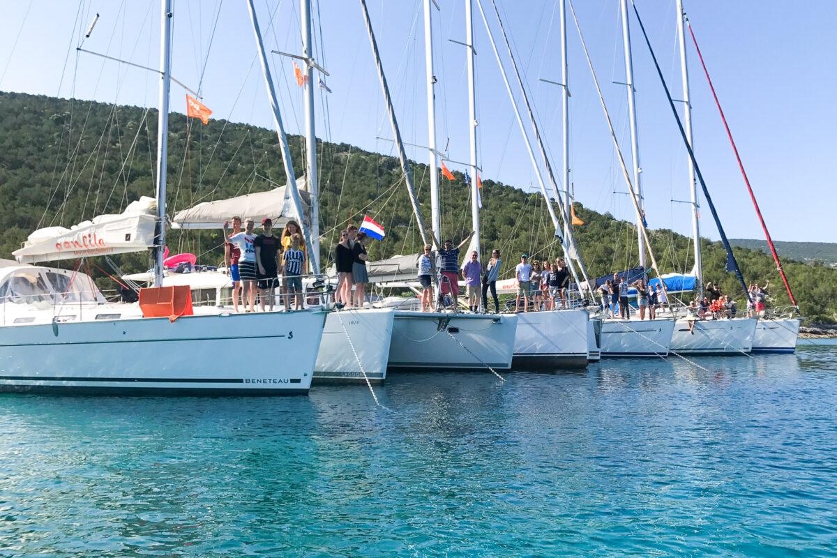 Flottielje zeilen in de Sporaden